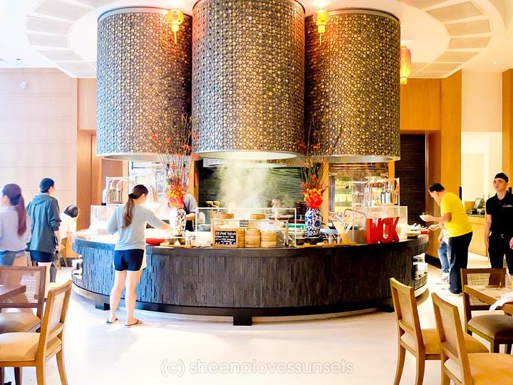 Shangri-La at the Fort High Street Cafe