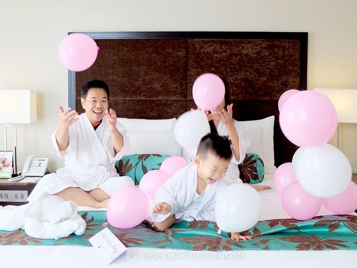 Acacia Hotel Manila Review