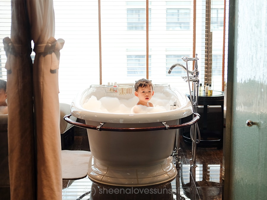 Mandarin Oriental Hong Kong Kids Family Friendly