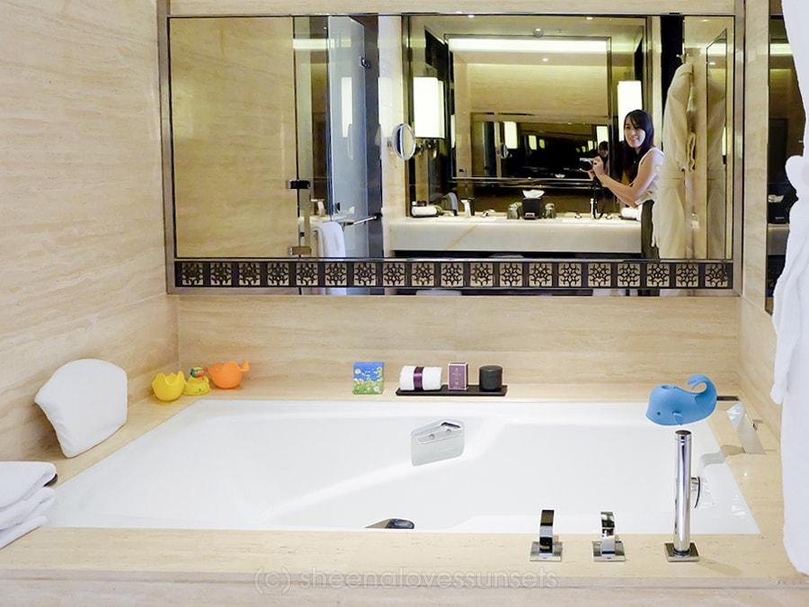 Ritz Kids Ritz Carlton Hong Kong